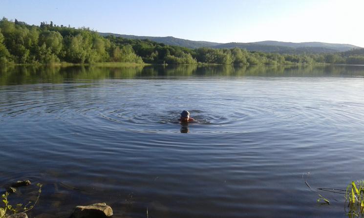 Закарпатців попереджають про хвороби, які можна підхопити під час купання у водоймах