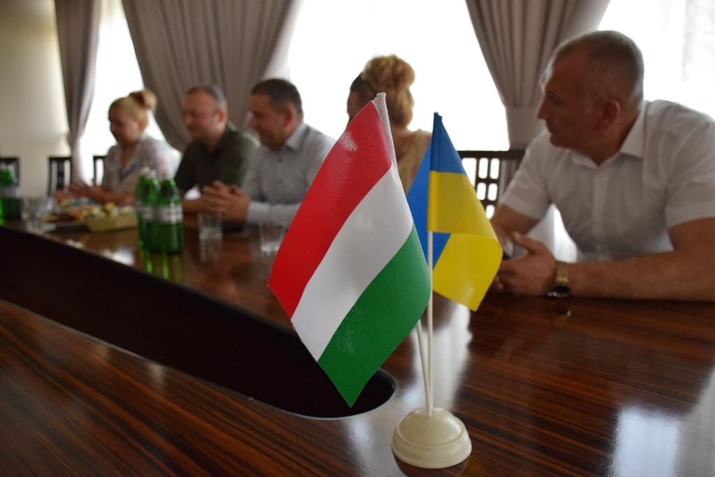 Діти прикордонників відпочиватимуть в Угорщині