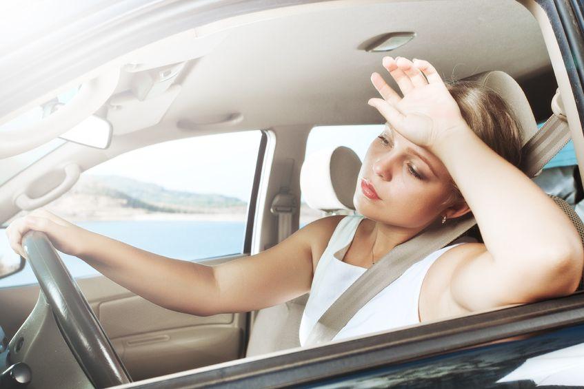 Як пережити спеку в автомобілі: дієві поради