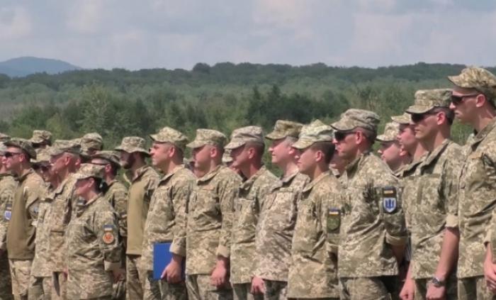На Ужгородщині військових 128-ої бригади навчають інструктори з Британії