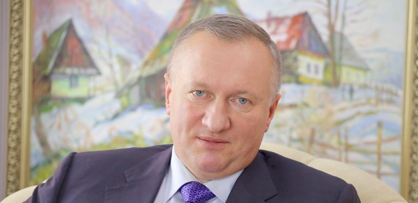 Рідний брат мера Ужгорода йде у депутати і вже визначився із округом