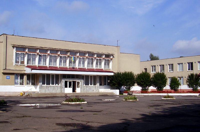 В Ужгороді обікрали 12 школу