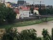 Двоє чоловіків влаштували собі екстремальні розваги в центрі Ужгорода