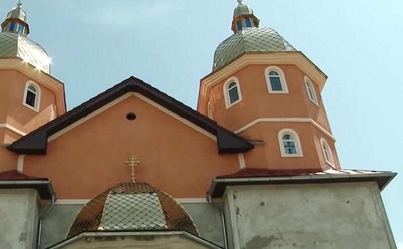 В Ужгороді у мікрорайоні Доманинці діє унікальна греко-католицька парафія