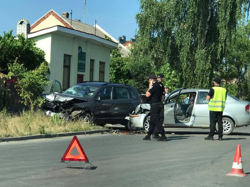 В Ужгороді на вулиці Заньковецької трапилась ДТП