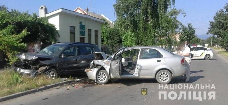 Водій опинився у реанімації: подробиці ДТП, яка сталася вчора в Ужгороді
