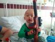 У маленького хлопчика із Закарпаття знайшли страшну недугу. Рідні благають про допомогу