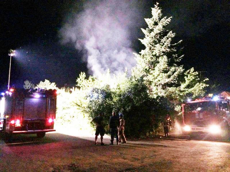 Цієї ночі підпалили автомобілі закарпатського активіста із Виноградова Михайла Мадяра