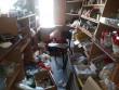 Мукачівець вкрав із магазину гроші та продукти харчування і заховав їх у кущі