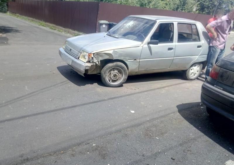 У Тячеві п'яний водій ЗАЗ Славута виїхав на зустрічну смугу і скоїв аварію