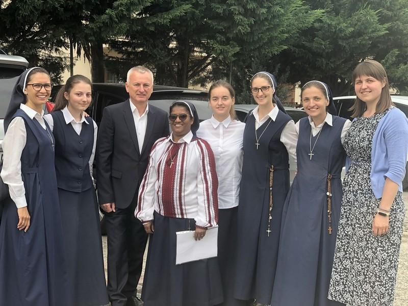 Відома монахиня з Індії сестра Ліджі стала громадянкою України