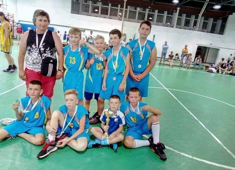 Мукачівські баскетболісти привезли срібло з Міжнародного турніру, який проходив в Угорщині