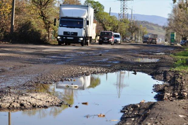 Пряшівська об'їзна в Мукачеві найгірша дорога в Закарпатті