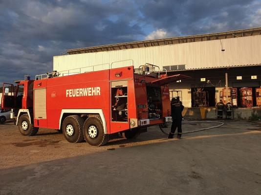 """Пожежа на """"Новій пошті"""" у Мукачеві: подробиці від рятувальників"""