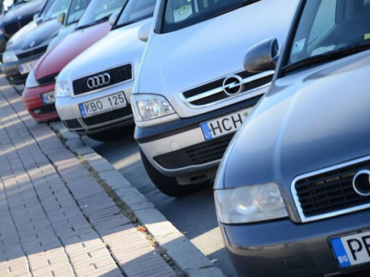 Штрафи за нерозмитнення автомобілів із єврономерами можуть відтермінувати