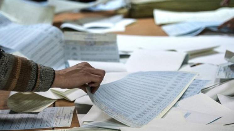 На Закарпатті на одній дільниці результати голосування за кандидатів-мажоритарників визнали недійсними