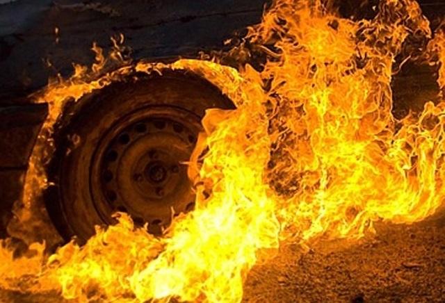 У Чинадієві вчора згорів автомобіль