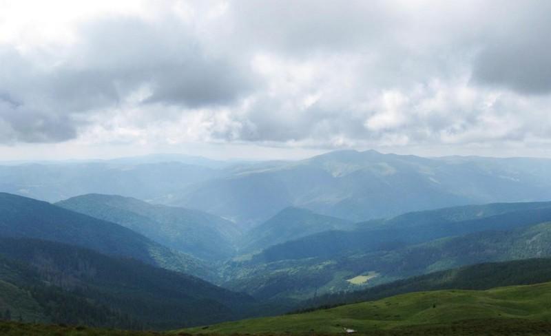 Через складні погодні умови у горах сталася неприємність із туристами