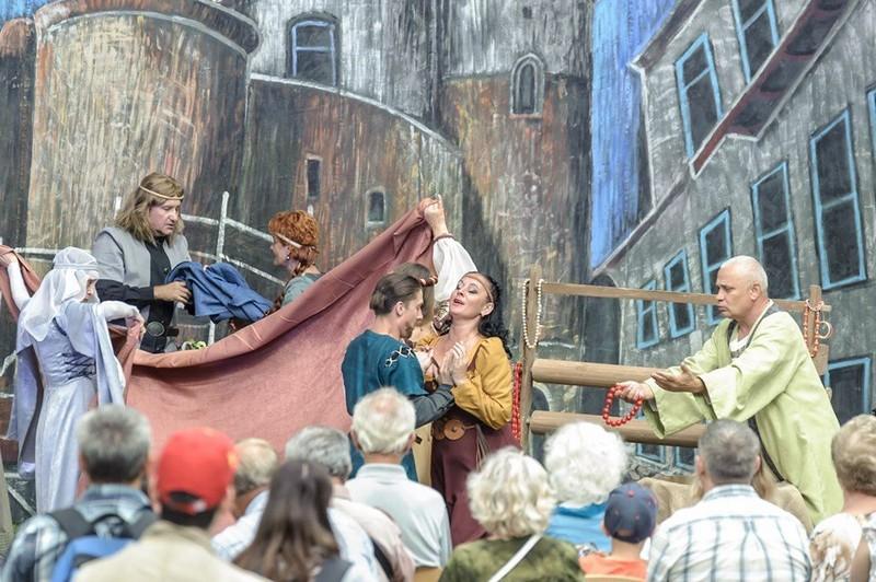 Мукачівський драматичний театр повернувся із творчих гастролей Литвою