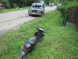 Водій не впорався з керуванням і зіткнувся зі скутером: є постраждалі