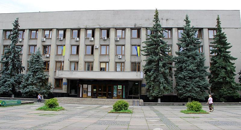 Працівників Ужгородської міськради терміново евакуювали