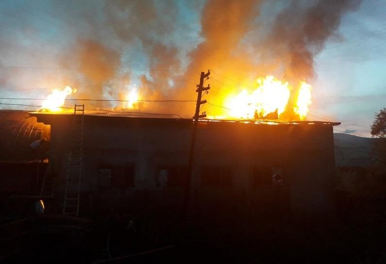 Вогнеборці розповіли про вечірню пожежу