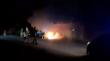 По опівночі в Ужгороді горів автомобіль: відео з місця події