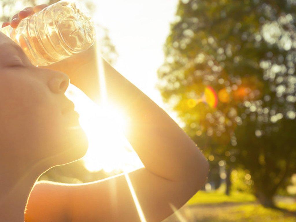 Синоптики прогнозують на сьогодні надзвичайну спеку