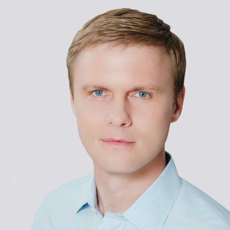 ЦВК зареєструвала народним депутатом закарпатця Валерія Лунченка
