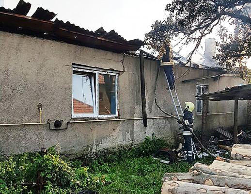 Рятувальники розповіли про пожежу, яка спалахнула в Чинадієві