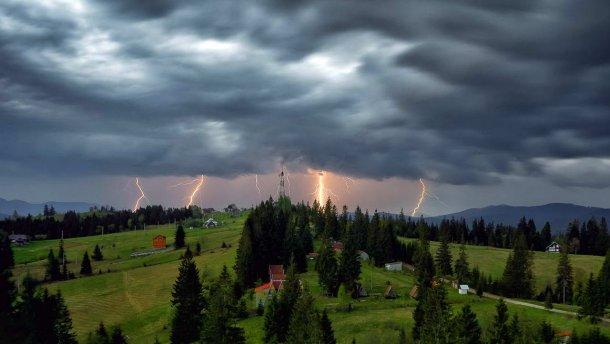 Синоптики озвучили, в якому регіоні Закарпаття цього тижня пройдуть короткочасні дощі