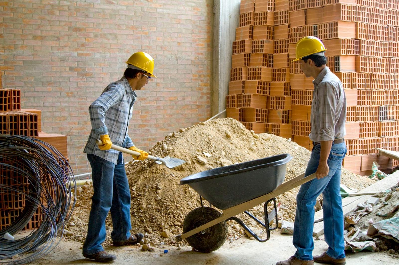 Хто найбільше заробляє в Україні у робочій сфері – результати дослідження