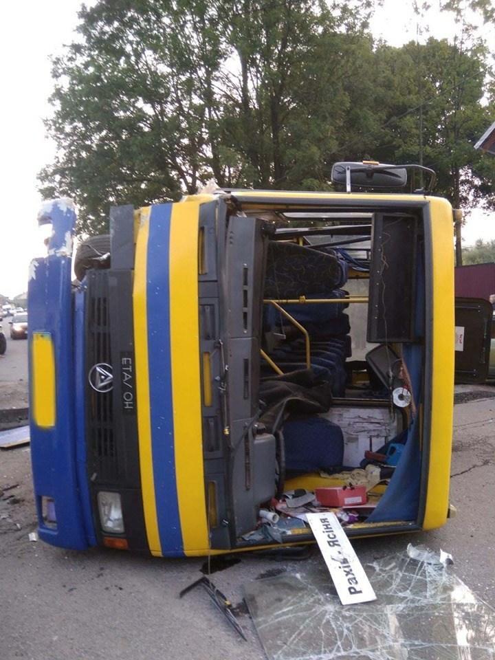 Кількість постраждалих внаслідок ДТП рейсового автобусу різко зросла