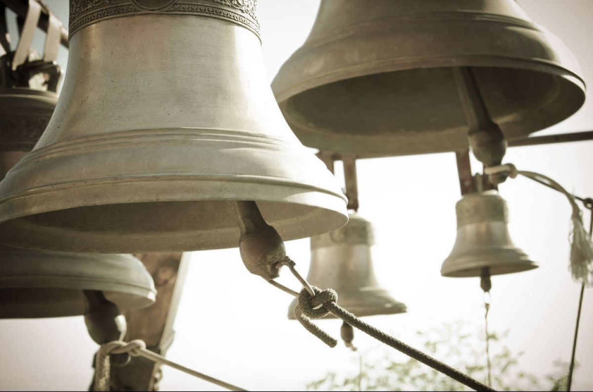 Священик набирає номер і дзвони починають дзвонити: ноу-хау на Закарпатті