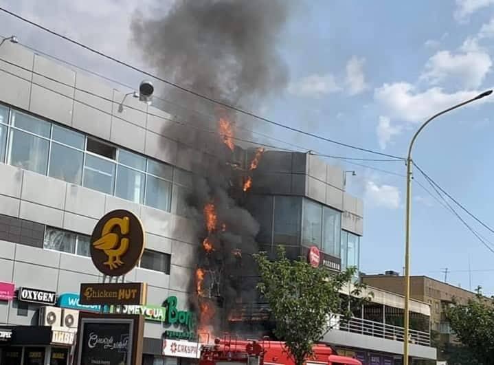 Пожежа в ТЦ в Ужгороді: у закладі було чимало порушень вимог протипожежної безпеки