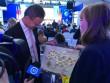 Міністру закордонних справ Угорщини Петеру Сійярто подарували карту України