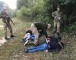 Четвірку нелегалів затримали за 20 метрів до кордону