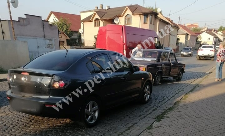 У Мукачеві зіткнулися дві машини