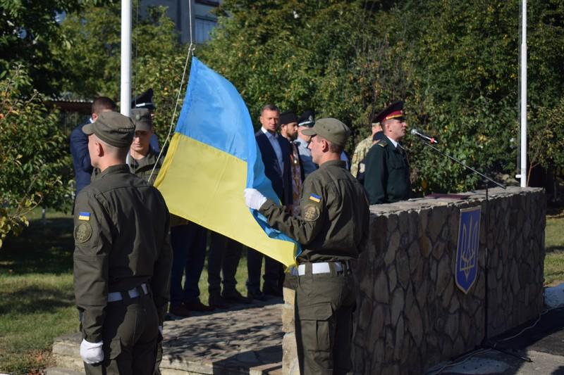 Сьогодні в Ужгороді вітали військовослужбовців