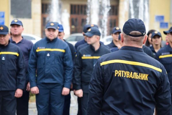 В Ужгороді відбулися урочистості з нагоди Дня рятувальника України