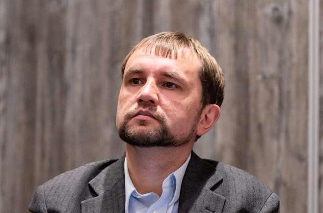 Уряд звільнив директора Українського інституту національної пам'яті Володимира В'ятровича
