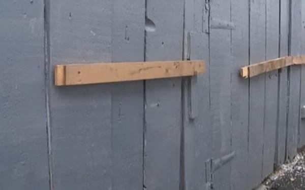 Школяр впав у вигрібну яму: після розголосу шкільний туалет закрили