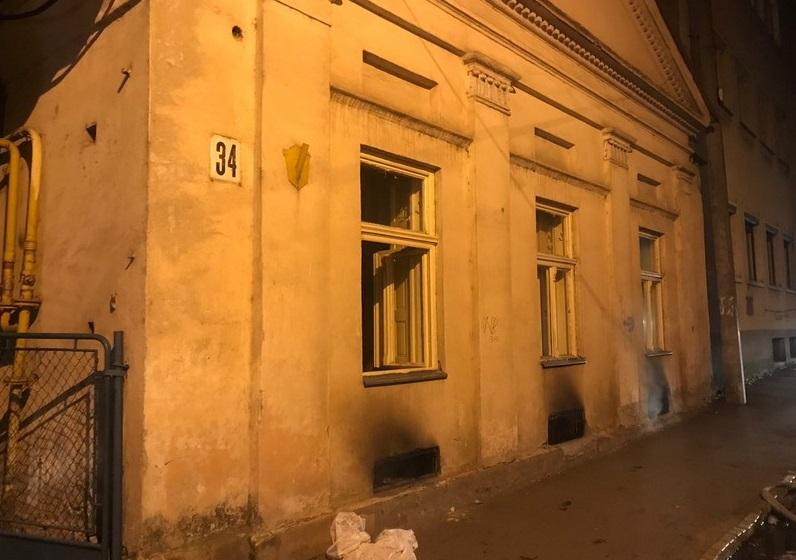 В Ужгороді цієї ночі врятували кількох людей