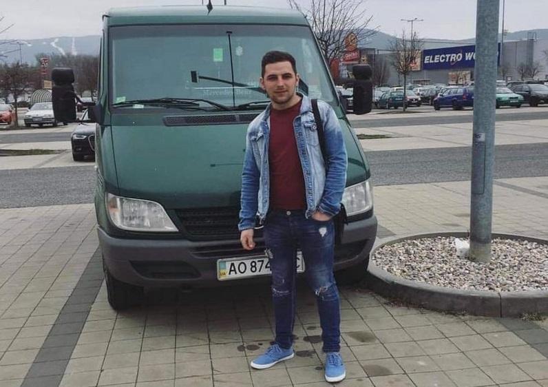 Молодий українець із села Репинне, що на Закарпатті, потрапив в аварію у столиці Чехії Празі. З'явилися нові подробиці