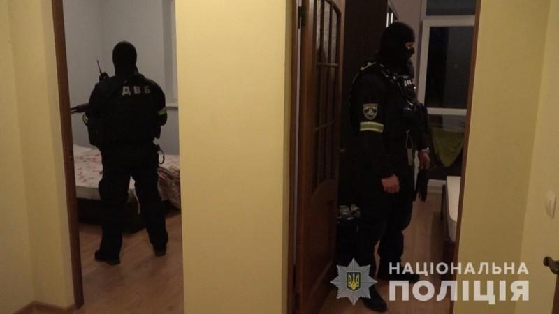 Спецоперація на Закарпатті: затримано організатора та виконавця замаху на вбивство офіцера поліції