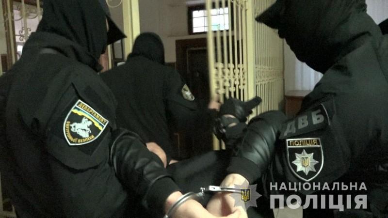 Спецоперація на Закарпатті: обшуки проводили в будинках правоохоронців та чиновників