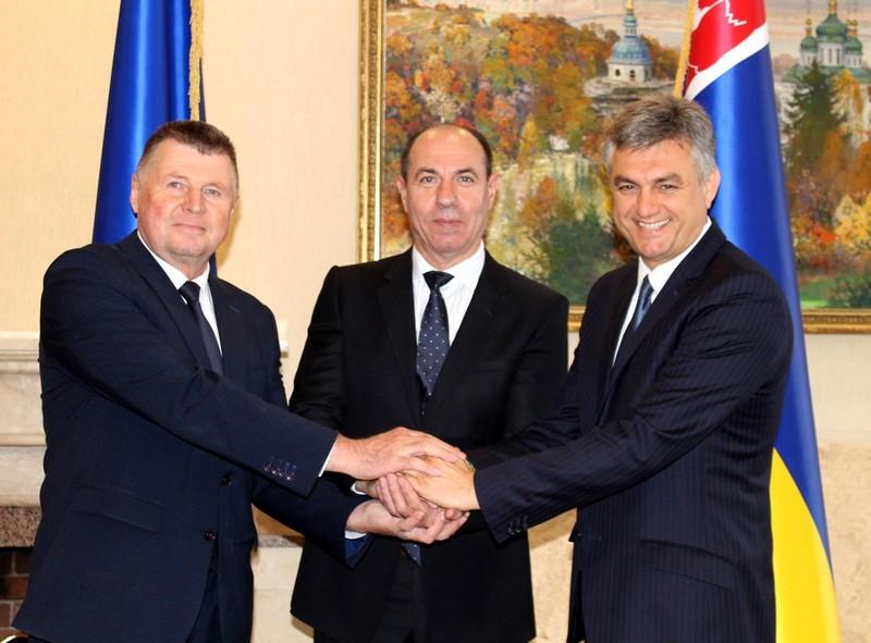 У Закарпатській ОДА підписали трьохсторонню угоду