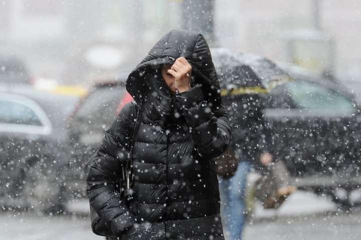 В неділю на Закарпатті очікується сніг з дощем