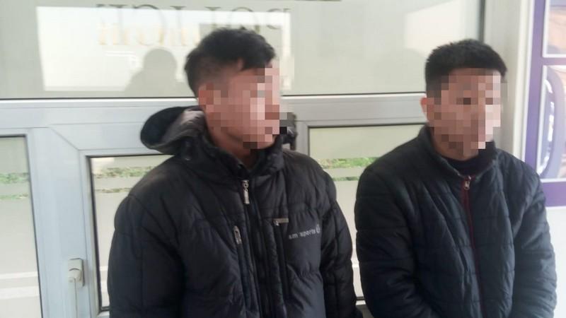 На Воловеччині затримали двох нелегалів
