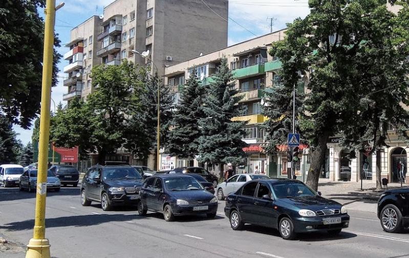 У зв'язку з проведенням ярмарку в Ужгороді на кілька днів перекриють рух на одній із вулиць